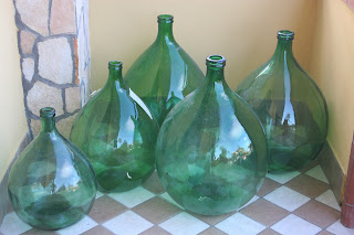 Italian, Italy, Wine, wine trips, wine regions, demijohns,