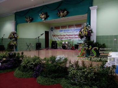 dekorasi taman kelulusan sekolah