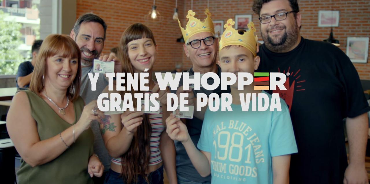 WHOPPER gratis de por vida Burger King apellido Parrilla