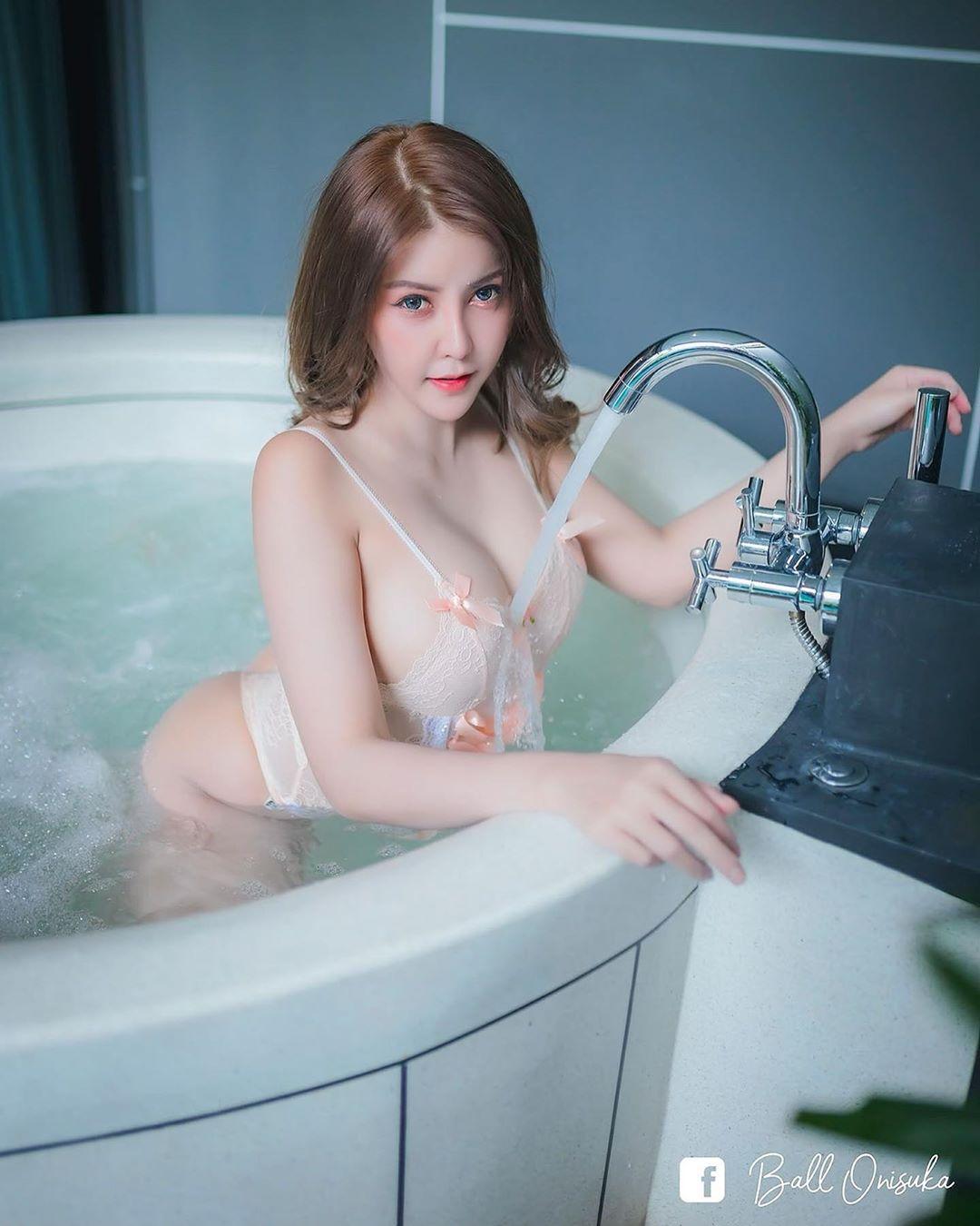 Thailand Beautyful Girl Pic No.250 || Natnicha GifGeh