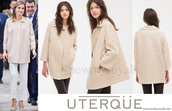 Queen Letizia wore Uterqüe Beige Jacquard jacket