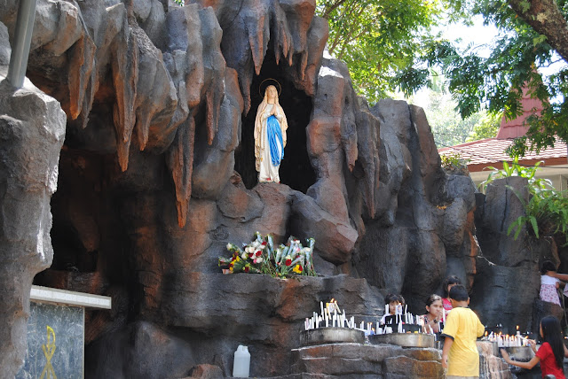 Tempat Wisata Hits Gua Maria Kerep Ambarawa