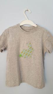 A new bunny T-shirt DIY