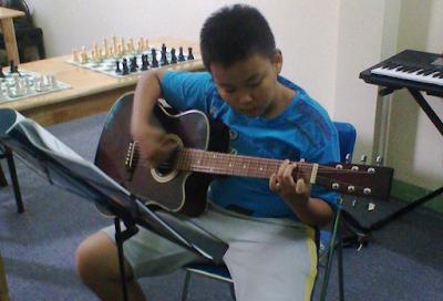 Lớp học chơi nhạc cụ cho thiếu nhi tại quận Bình Thạnh TP HCM