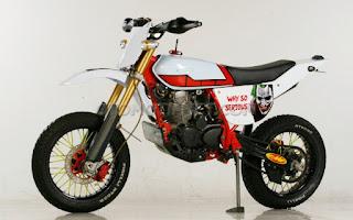 Modifikasi Honda Tiger 2000 Jadi Supermoto Klasik, Beneran Nih?