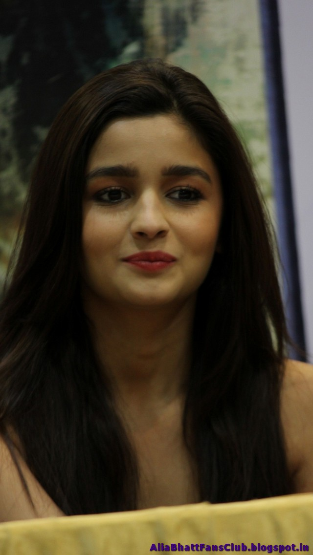 Alia Bhatt Sexy Pics