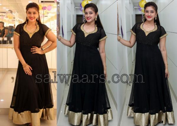 Priya Anduluri Black Salwar