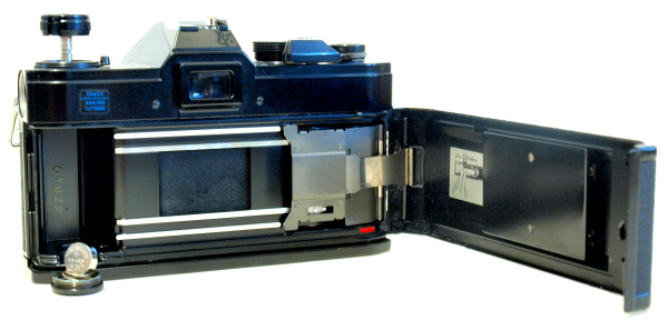 Canon FTb QL, Film box