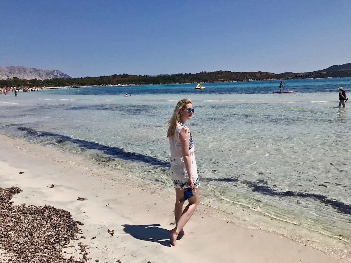 Sardinia Best Beaches Die schönsten Strände Sardiniens auf: http://www.theblondelion.com/2017/08/schoenste-straende-sardiniens.html Tipps Reiseblog Travel Diary Reiseführer Reisetipps Cala Brandinchi