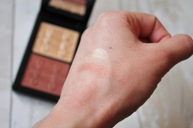 MAC Nutcracker Sweet Sweet Copper Face Compact Swatch