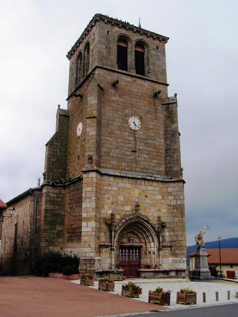 église de saint-Just-en-Bas /©photo F. Défrade