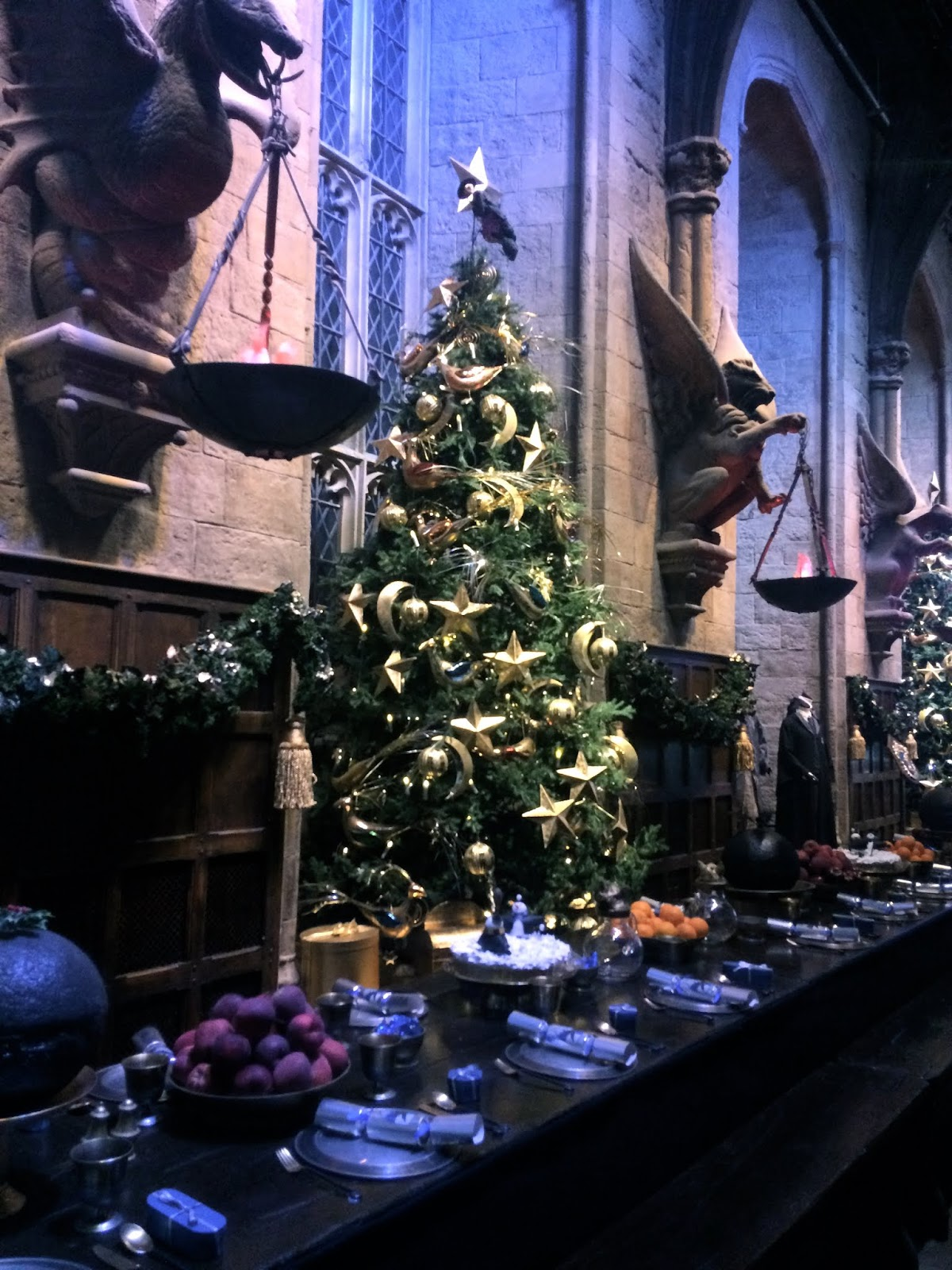 Christmas tree in the Great Hall at Harry Potter: Warner Bros Studio Tour London