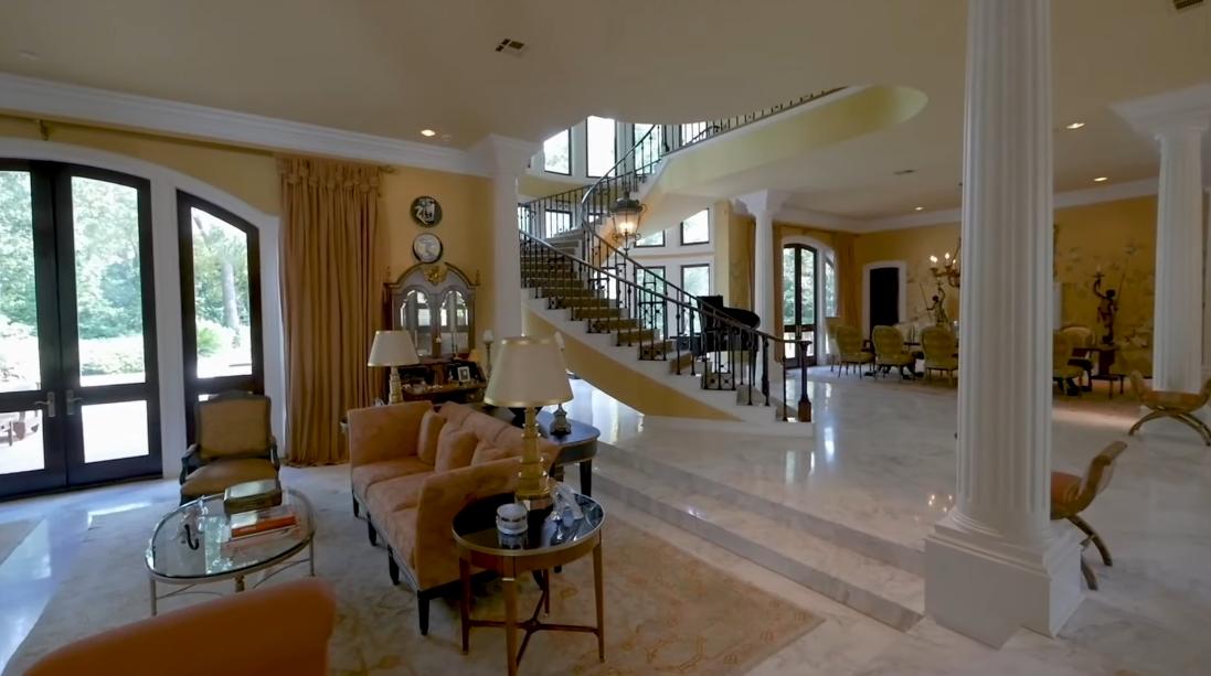 38 Interior Design Photos vs. 324 Buckingham Dr, Houston, TX Luxury Mansion Tour