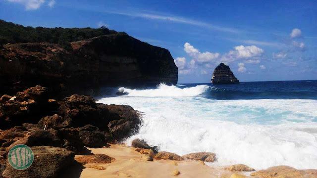 pantai tunaq lombok