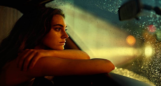 Μην αφήσετε την μοναξιά να σας πείσει να πάρετε λιγότερα από όσα αξίζετε