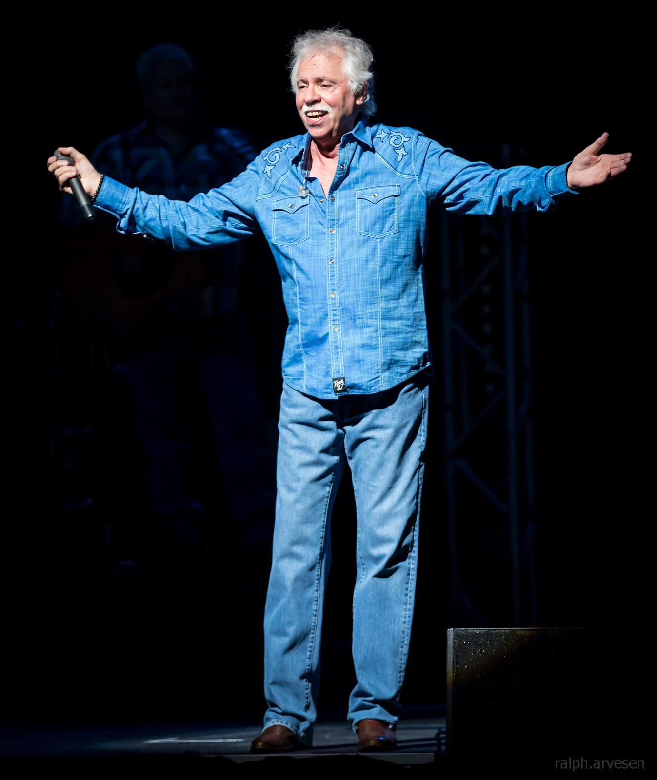 The Oak Ridge Boys | Texas Review | Ralph Arvesen