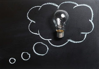 thought, idea, innovation, imagination, inspiration, light bulb, lightbulb, solution, brainstorm, brain storm, invention, think, chalk board, chalkboard, blackboard, school, education, learning, studying, analysis, pr