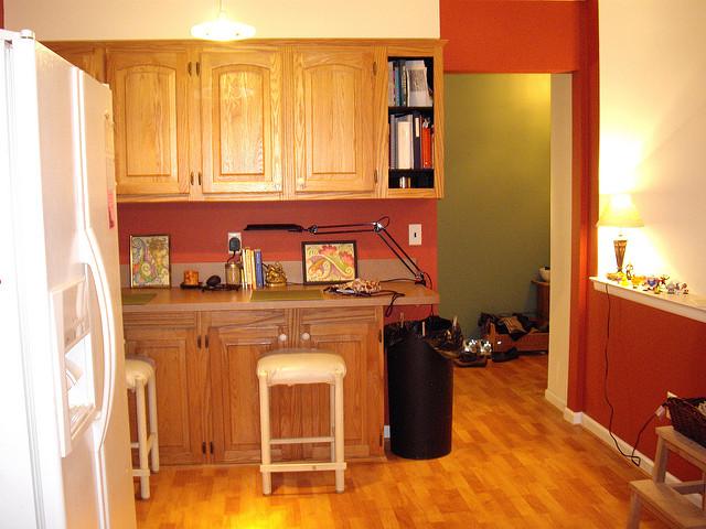 Küche rot streichen: Ideen und Gestaltungstipps