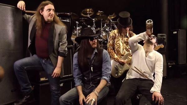 "DEEP PURPLE: Δείτε το νέο τους longform video-ντοκιμαντέρ για το ""Johnny's Band"""