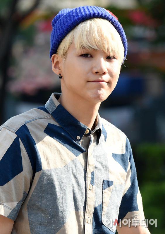 Min yoongi blonde haircolor