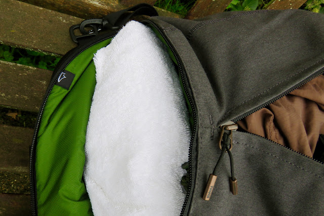 Thule Vea Rucksack Duffel Bag