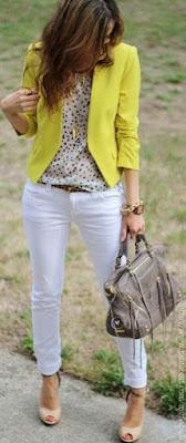 Uma peça de cor forte (pop of color) - blazer amarelo