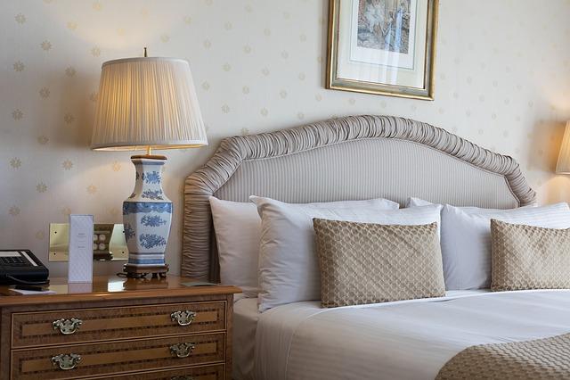 küçük yatak odalarına dekorasyon fikirleri