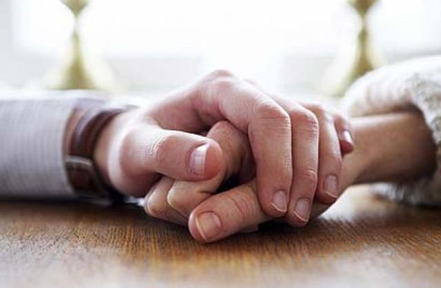 Tanda-tanda Gangguan Jin yang Bisa Merusak Hubungan Suami Istri