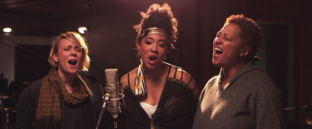 5 Essentials Things All Backup Singers Should Know