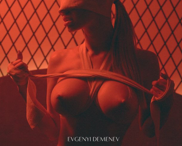Evgenyi Demenev fotografia fashion mulheres modelos sensuais nudez peitos seios siliconadas fetiche