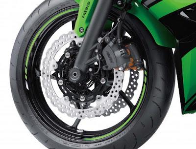 2017 Kawasaki Ninja 650 ABS front wheel
