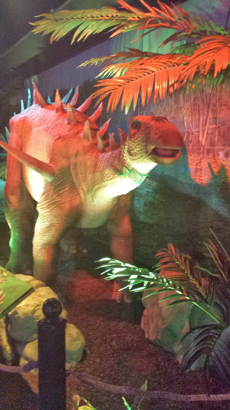 EXTREME DINOSAURS Exhibition​ in Atlanta Review via ProductReviewMom.com
