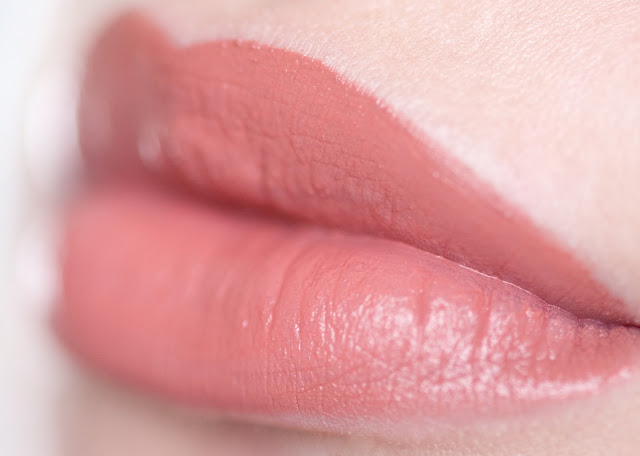 "Maybelline Vivid Matte Liquid ""Nude Thrill"" 50 swatches"