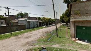 LA NATANZA: Fuentes policiales y judiciales informaron que todo ocurrió el viernes, alrededor de las 2.30, en una vivienda ubicada en Virreyes al 6700, entre Santo Tomé y Juan Chassaing, en un barrio de casas humildes de Villa Dorrego, al oeste del Conurbano.