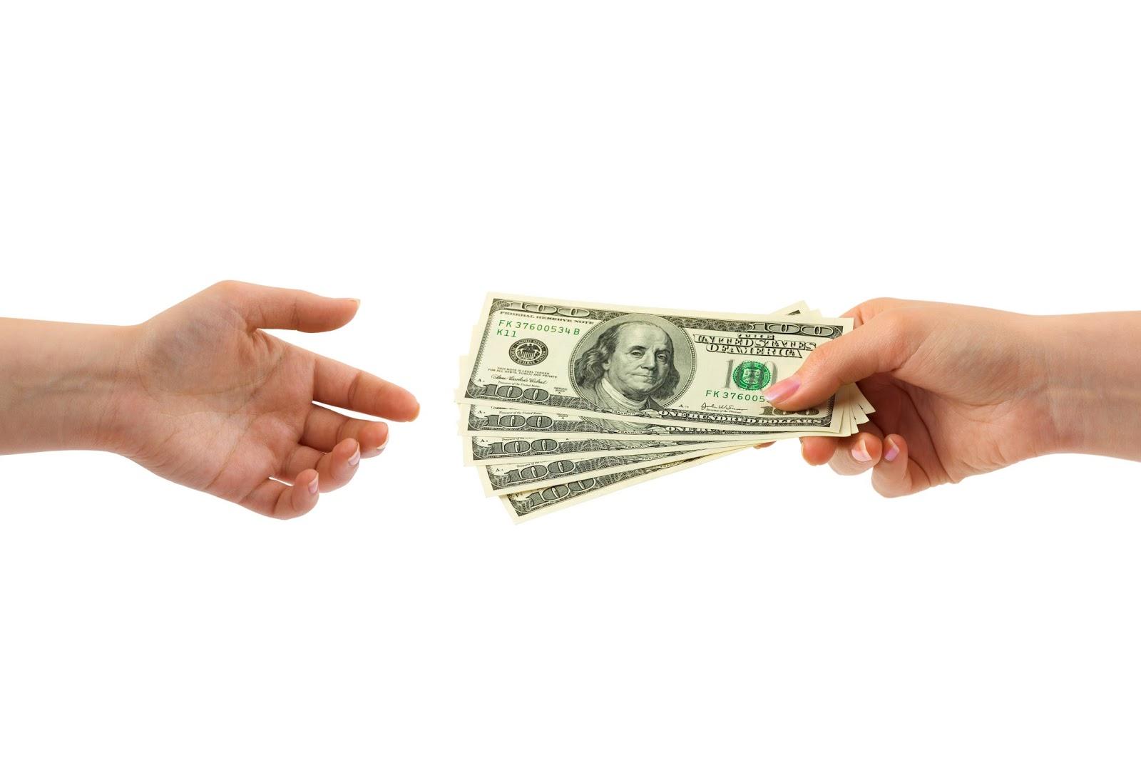 взять займ деньги в руки