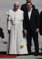 Αποτέλεσμα εικόνας για παπας προσφυγες blogspot