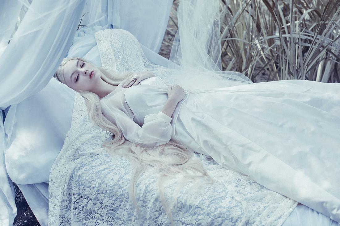 zelo sleeping beauty - 800×533