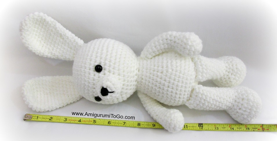 Rose the Rabbit Free Amigurumi Pattern | Jess Huff | 487x955