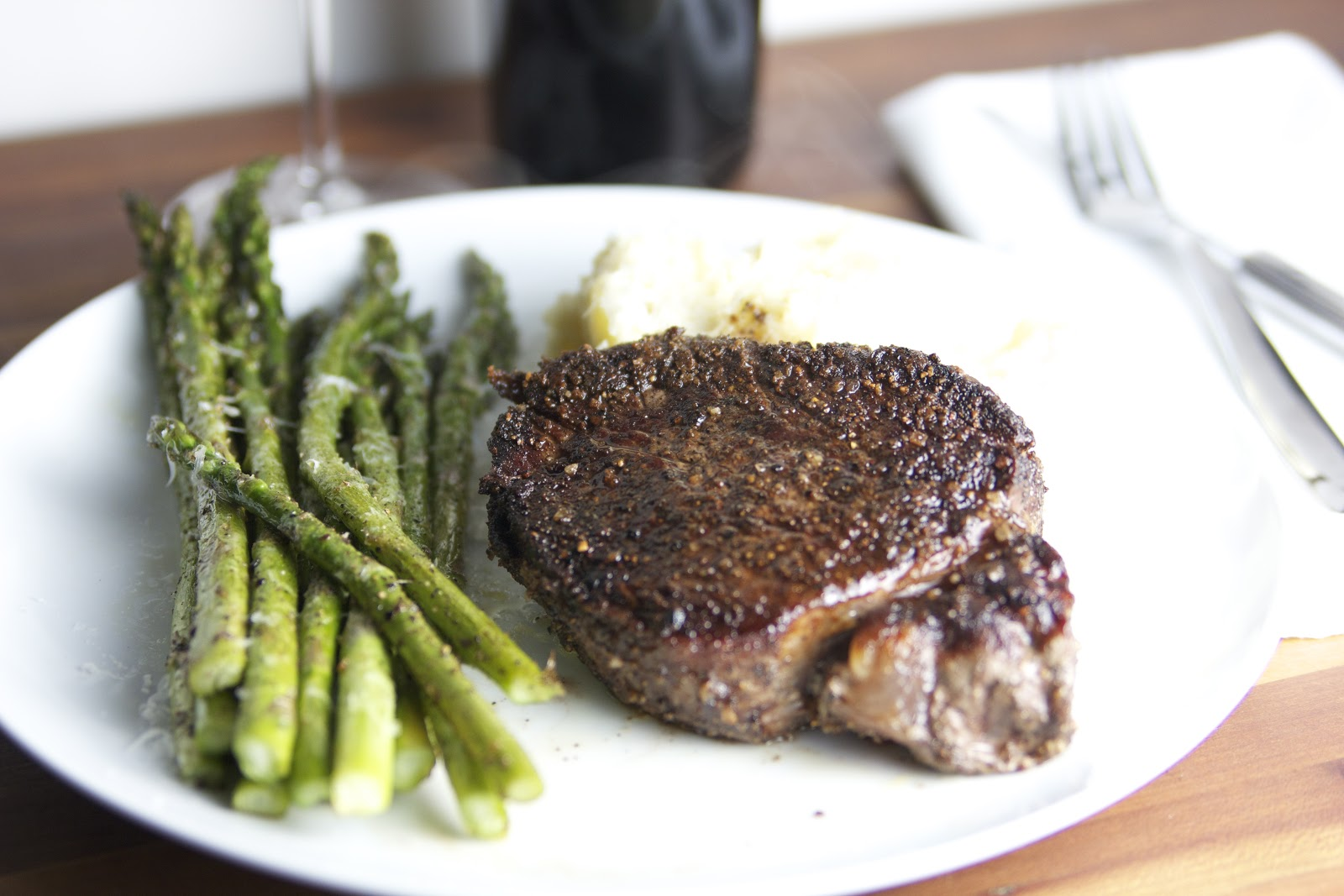 How to cook filet mignon in a cast iron skillet