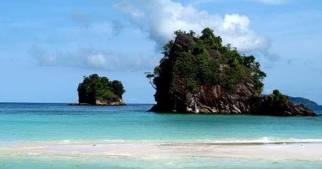 Hasil gambar untuk Objek Wisata Pulau Kalimantung di kota Sibolga