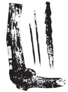Alat-alat tukang dan tanduk rusa dari Ngandong.