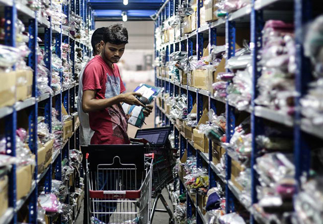 Tinuku India's e-commerce industry to contribute 4% of GDP by 2022