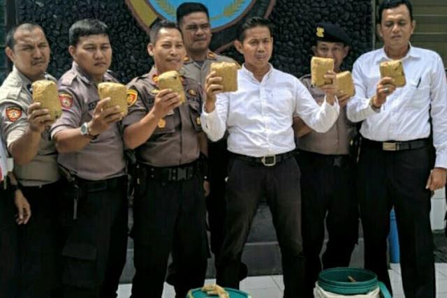 Polisi Terlanjur Rilis Sabu, Barang Bukti 7 Kg Ternyata Batu Tawas
