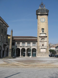 The Torre dei Caduti was part of  Piacentini's urban redevlopment of Bergamo