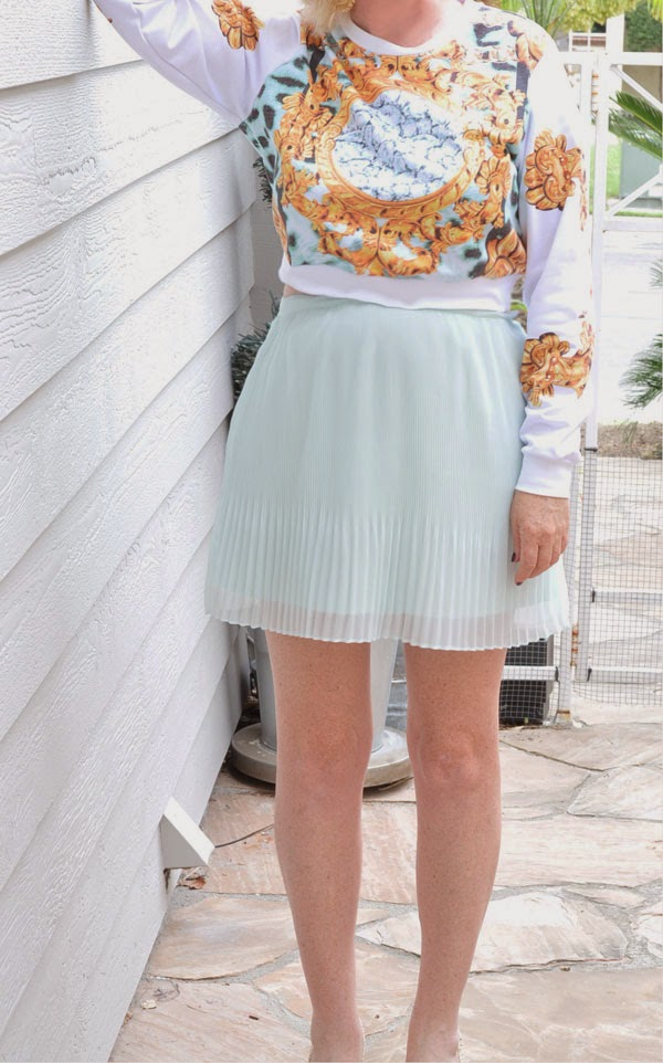 Forever 21 pastel pleated skirt Beauty by SW Fashion Blogs