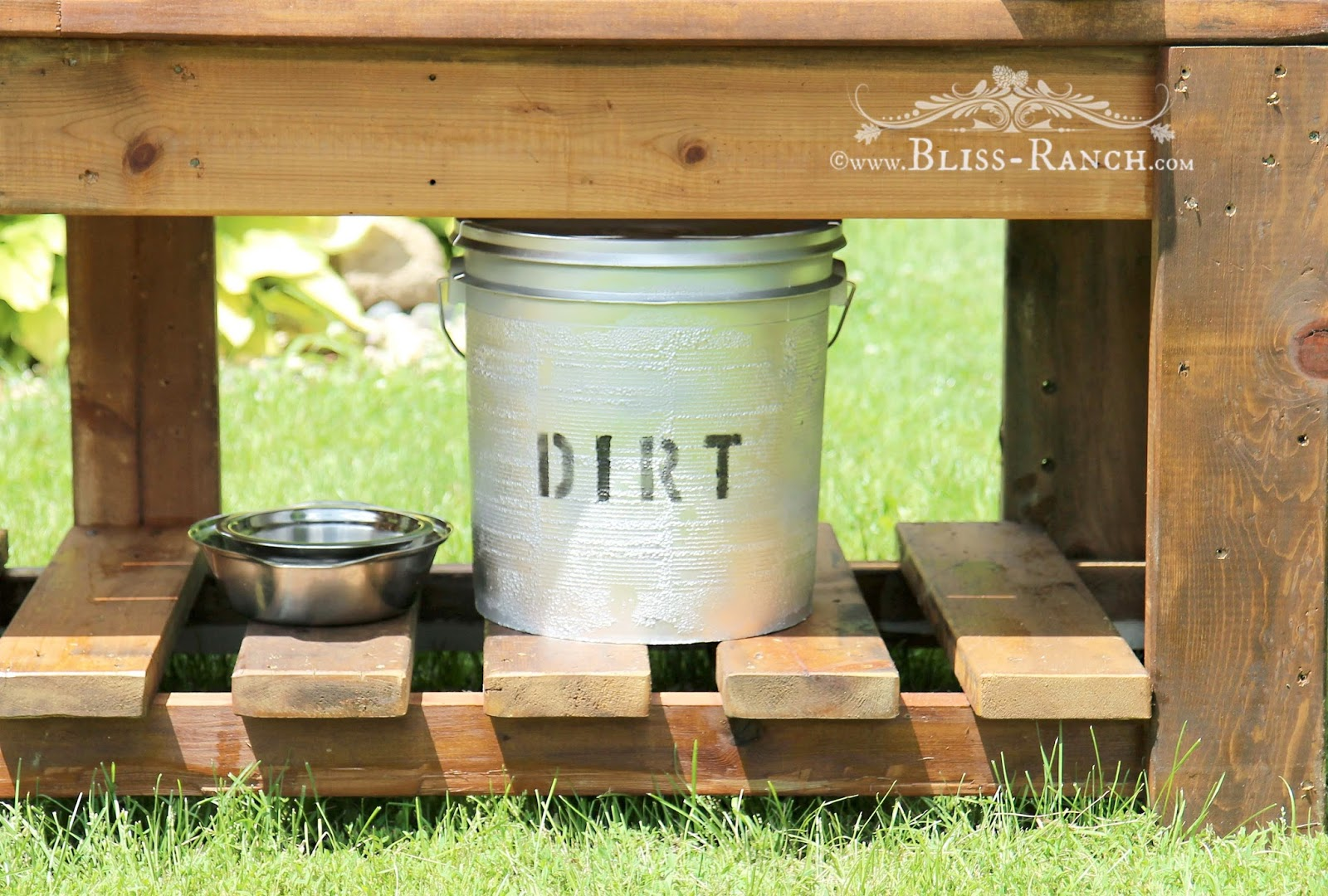 Mud Pie Station Bliss-Ranch.com