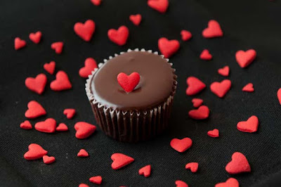chocolate%2Bday%2Bwishes%2Bin%2Bhindi - Chocolate Day 2020 Wishes Images SMS Quotes in Hindi