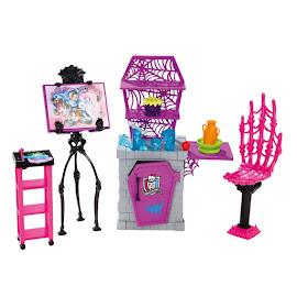 MH G1 Playsets Art Class Studio Doll