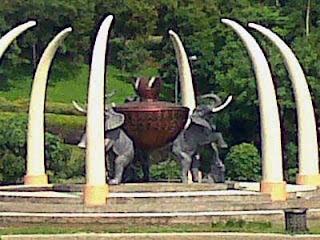 patung gajah GRC tinggi 4 meter bekasi