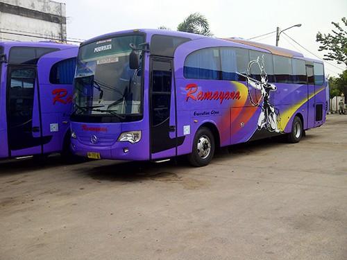 Bus Ramayana